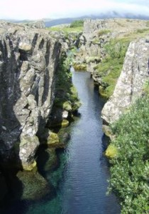 river.gorge.thingvellir